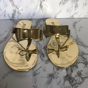 🆕Gold Michael Kors Kayden Jelly Flip Flops Size 8